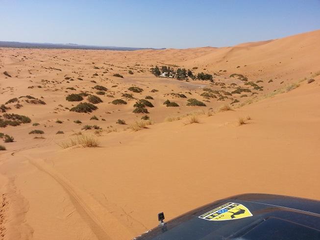 Désert marocain avec GPS Globe